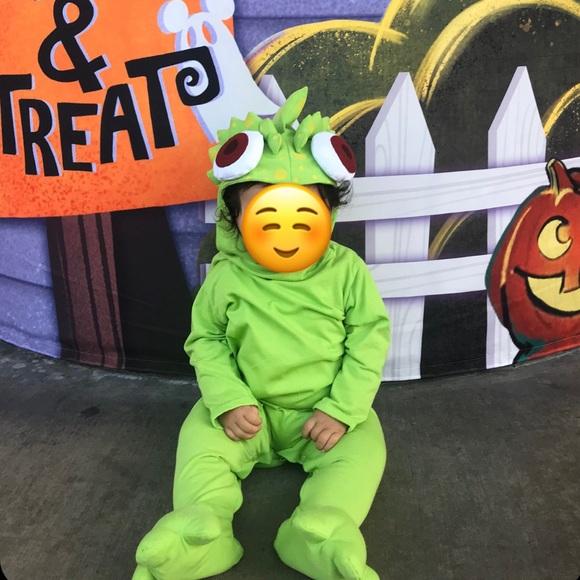 Costumes Guc Pascal Baby Costume Disney Tangled 1218m Poshmark